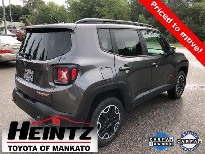 2017 Jeep Renegade Trailhawk (granite crystal metallic clearcoat)