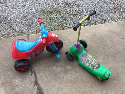 Spider man ride on and ninja turtle scooter