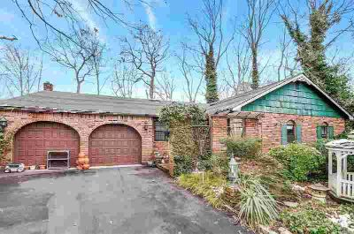 5 Enfield Ln Hauppauge Three BR, Magnificent Sprawling Ranch