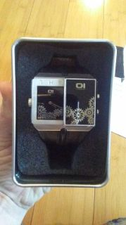 The 1 unique watch.. Needs battery.
