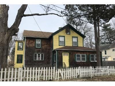 3 Bed 2 Bath Foreclosure Property in Monticello, NY 12701 - Hay St