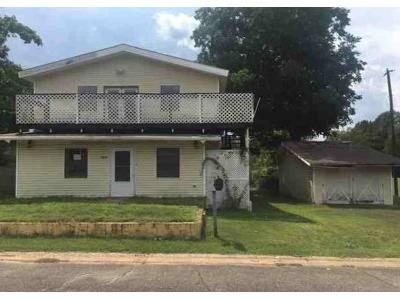 6 Bed 4 Bath Foreclosure Property in Russellville, AR 72801 - N Cleveland Ave