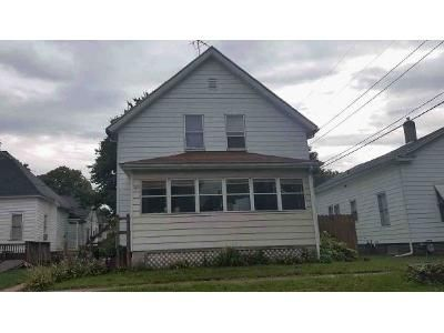 5 Bed 1.5 Bath Foreclosure Property in Laporte, IN 46350 - Detroit St