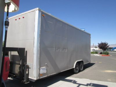 2008 Carson high cube 24' 5th Wheel 9 foot interior, shell