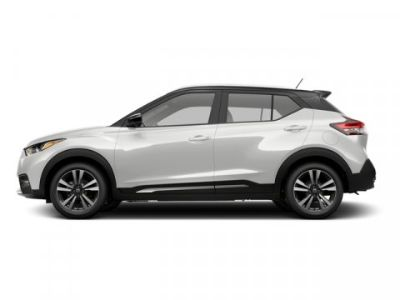 2018 Nissan Kicks SV (Aspen White/Super Black)
