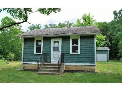 2 Bed 2 Bath Foreclosure Property in Burlington, NJ 08016 - Old York Rd