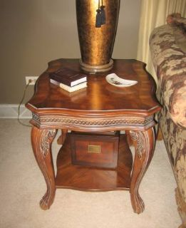 Wood End Table - Victorian