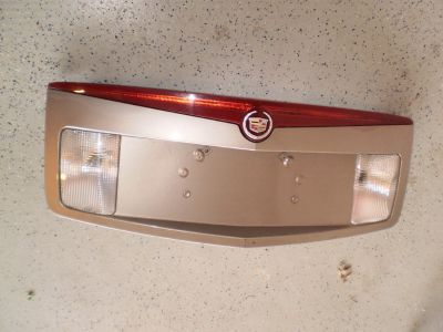 RARE 03 - 07 CADILLAC CTS 3RD / THIRD BRAKE LIGHT / LAMP, with finish panel