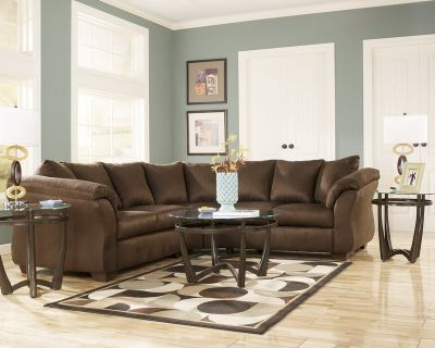 ASHLEY DARCY CAFE SECTIONAL