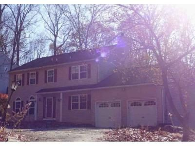 4 Bed 2.5 Bath Foreclosure Property in Stanhope, NJ 07874 - Milton Ave