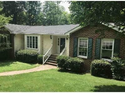 3 Bed 2.1 Bath Foreclosure Property in Williamsburg, VA 23185 - Cambridge Ln