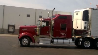 2001 Kenworth W900 & 2010 Great Dane Therma King SB230 for sale in Loveland, OH.