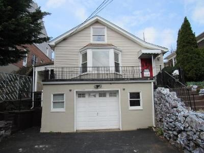 3 Bed 1 Bath Foreclosure Property in Yonkers, NY 10704 - Saint James Ter