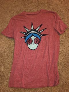Oliver and Otis designer USA Lady Liberty tee size small