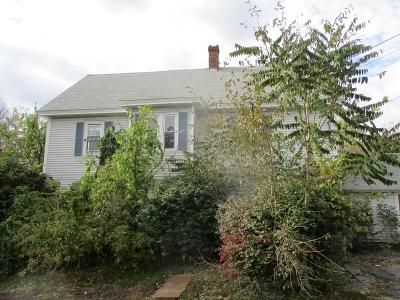 4 Bed 2.0 Bath Foreclosure Property in Millbury, MA 01527 - Main St