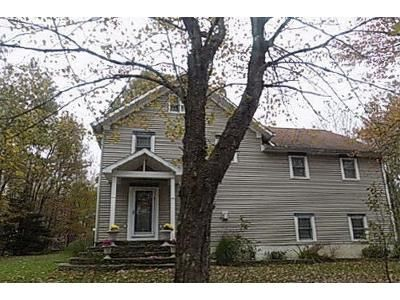 3 Bed 2 Bath Foreclosure Property in Carbondale, PA 18407 - Ruthland Ave