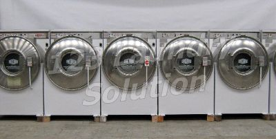 Heavy Duty Milnor Front Load Washer 35LB 3PH 220V White Finish Used