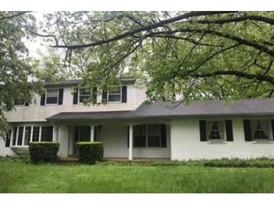4 Bed 2.5 Bath Foreclosure Property in Bethlehem, PA 18017 - Barnsdale Rd