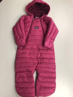 Patagonia one piece down snowsuit bunting. Size 6 months. Like new. $30