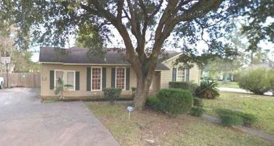 Lovely 4Bedroom Home w/ Fenced-In Backyard Rent to Own!!