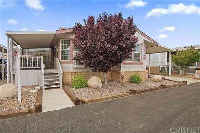 3303 Sierra Highway #36 Rosamond Three BR, Don't miss this