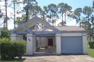 If this is something you want, hurry and make an appointment to see this cozy home in Daytona Beach!
