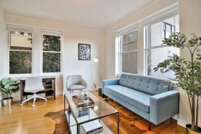 $3810 1 apartment in Chinatown