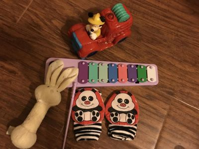 Kids toys Bunny Baby rattle Bear hand/feet shakers Xylophone Mickey fire truck needs batteries