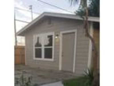Guest House for Rent Minutes from HBU