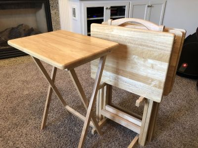 Set of 4 TV Trays with stand