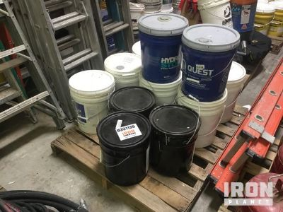 Lot of (5) Cans of Paint Primer & (7) Cans of Cleaner