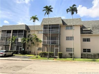 2 Bed 2 Bath Foreclosure Property in Hollywood, FL 33021 - N 58th Ave Apt 213