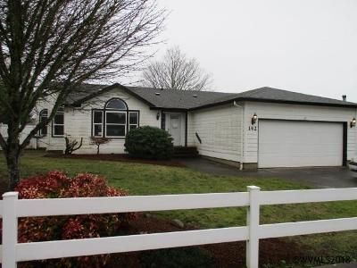 3 Bed 2 Bath Foreclosure Property in Dallas, OR 97338 - SW Oregon Trail Dr