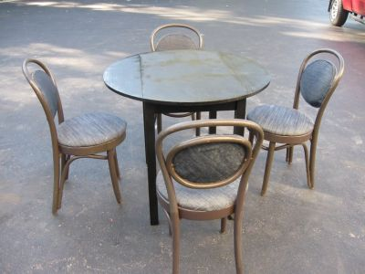 Table/Ice Cream Parlor Chairs