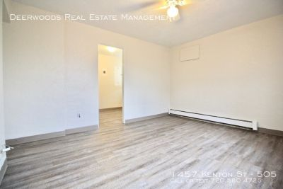 1 BR Apt Available: Corner Unit, Tenant Parking, & Eat In Kitchen