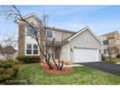 Wheeling One BA, 120 Willow Road , IL Listing Price: $429,900 3