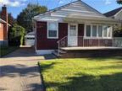 Grant City Real Estate For Sale - Three BR, Two BA Single family