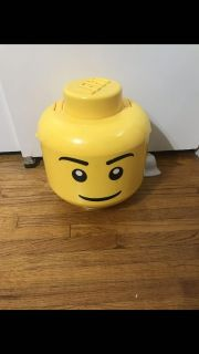 LEGO SORT N STORE STORAGE HEAD. COMES WITH A BAG OF LEGOS & BAG OF LEGO PEOPLE