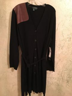 NWT Lauren Ralph Lauren long, light sweater. Size 3X but I would say it could fit from 1X-3X. Welcome to try on