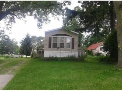 2 Bed 1 Bath Foreclosure Property in Waldo, WI 53093 - W 1st St