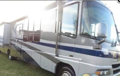 2003 Damon Motor Coach Intruder M-375 Workhorse