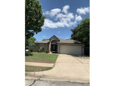 3 Bed 2 Bath Foreclosure Property in Cedar Park, TX 78613 - Rambling Cv