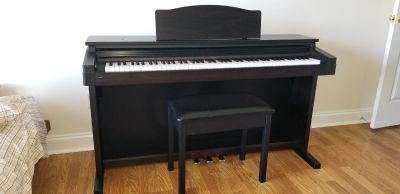 Roland HP1800 Digital Piano