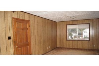 $425/mo, 2 bedrooms - must see to believe.