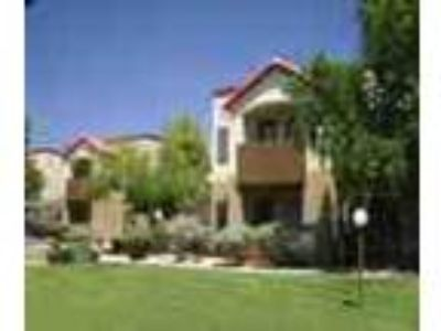 2bed2bath In Marana Pool Gym Spa Balcony