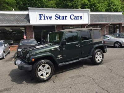 2010 Jeep Wrangler Unlimited Sahara (Green)