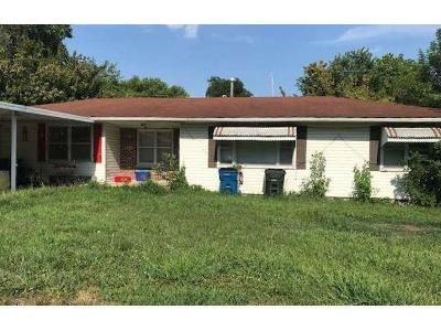 3 Bed 2 Bath Foreclosure Property in Tipton, MO 65081 - Coventry Dr