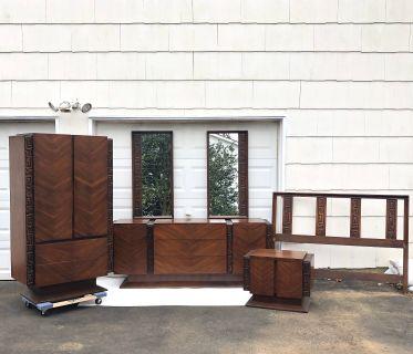 Mid-Century Modern Tiki Bedroom Set by United