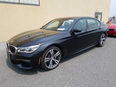 2016 BMW 7-Series 4dr Sdn 750i xDrive AWD (Black)