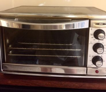 Oster toaster oven lightly used